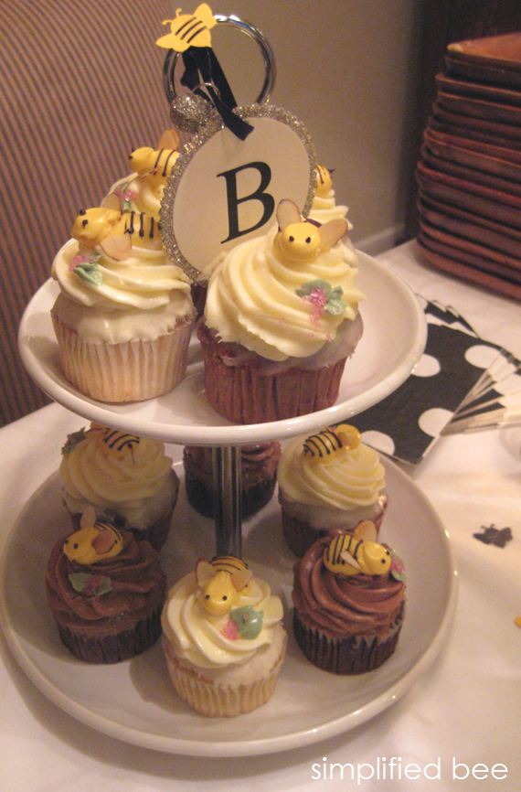 bee cupcakes for baby shower - simplified bee