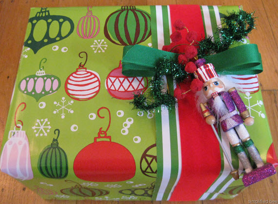 how to wrap a gift #tutorial