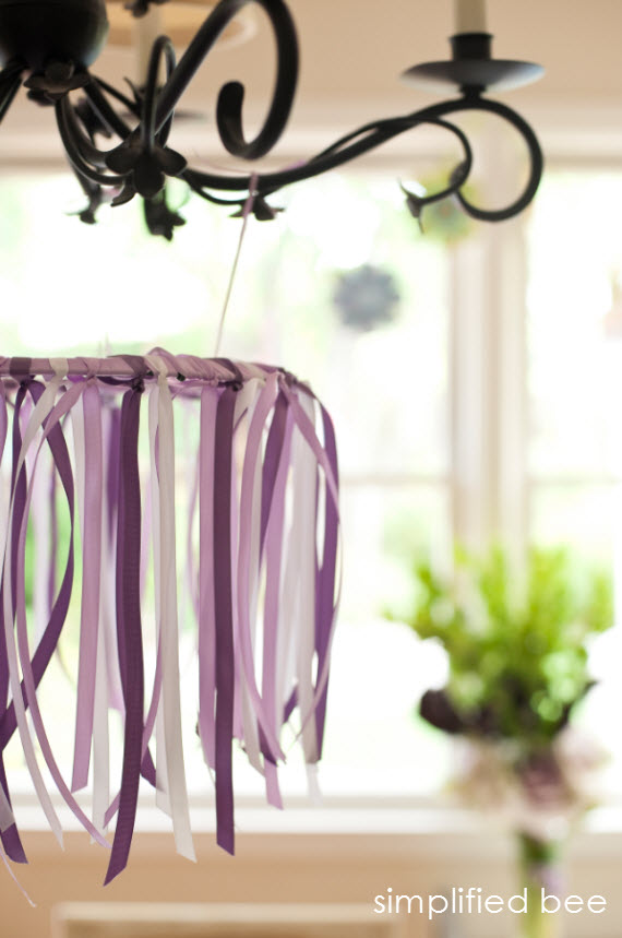 DIY ribbon chandelier // Simplified Bee