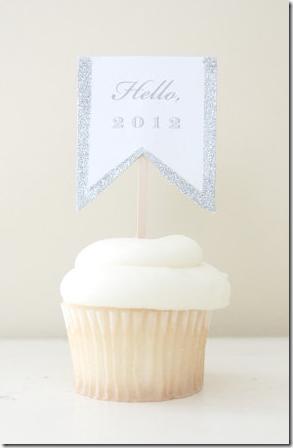 2012 cupcake topper