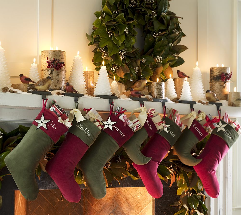 Holiday Decor: Ideas for Decorating the Mantel for Christmas