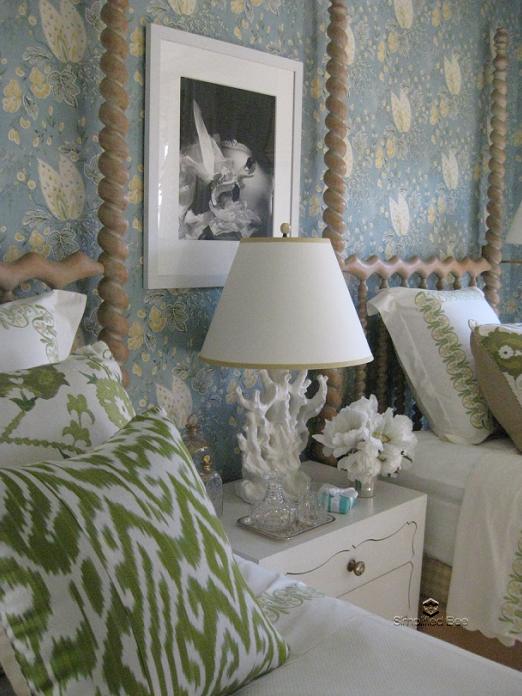 A sneak peek at elle decor s san francisco designer for Elle decor beds