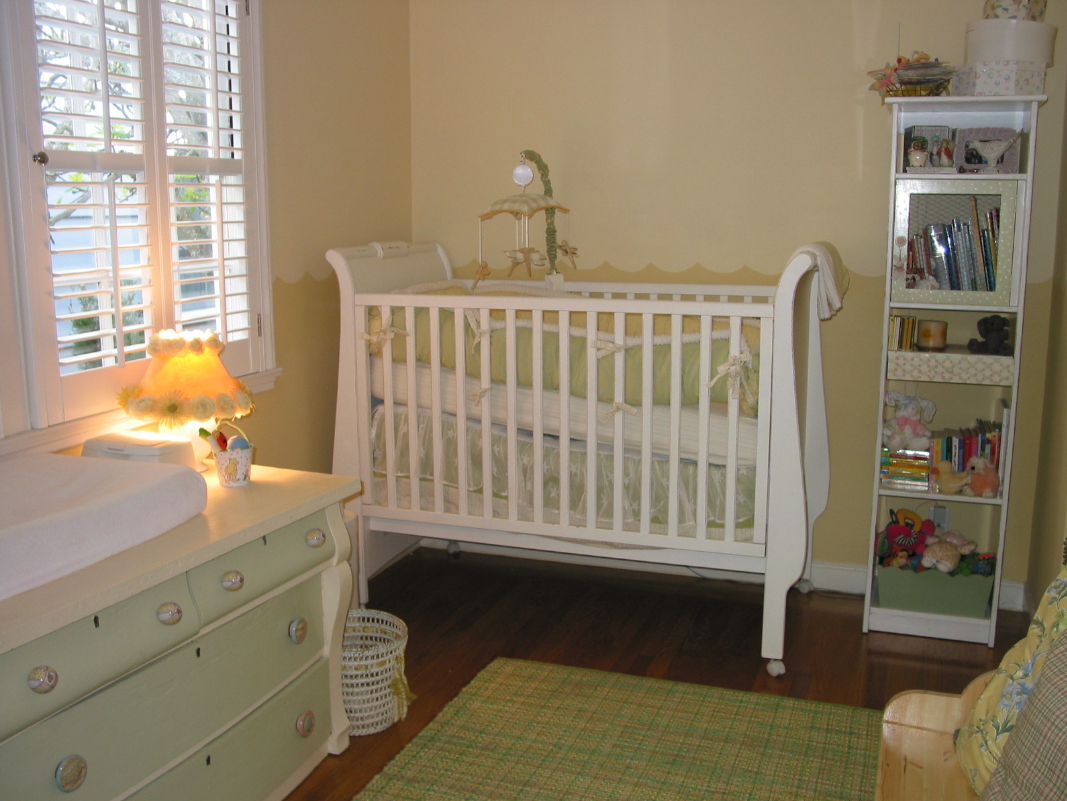 Baby baby gender neutral nursery designs simplified bee - Baby nursery neutral colors ...