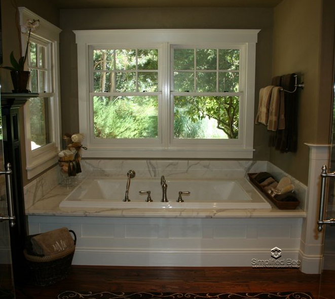 Simply stunning luxurious master bathroom design for How to decorate a garden tub bathroom