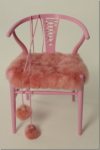 Hans-Wegner-Wishbone-Chair-Pink-Julie-Hillman