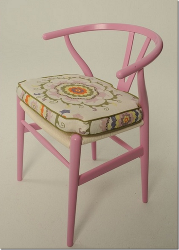 Hans-Wegner-Wishbone-Chair-pink-Annie-Kelly