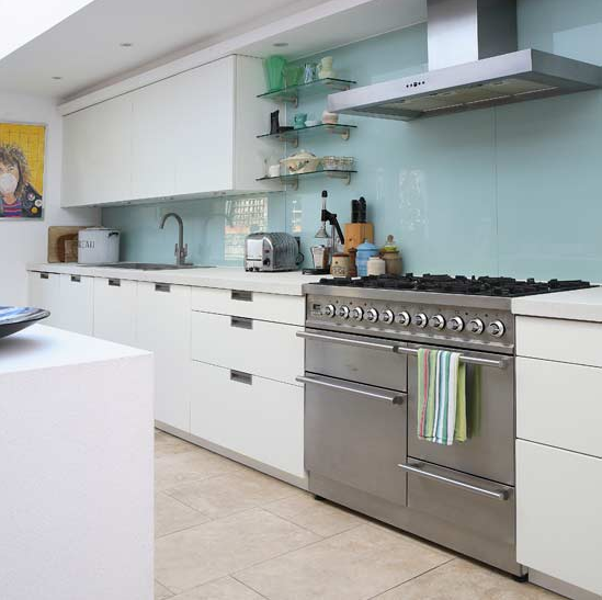 Sleek, Simple and Modern White Kitchen | Simplified BeeSimplified Bee