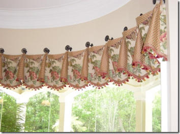 Bay Window Treatment Ideas Valance From Medallions