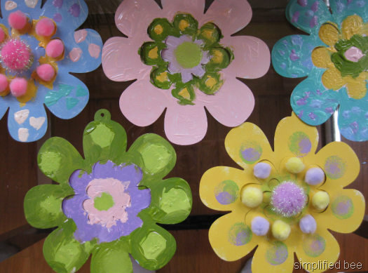 Simple handmade flower garland chicks simplified bee hand painted paper flowers kids mightylinksfo