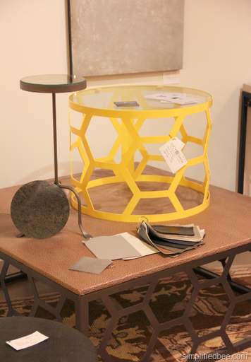 honeycomb_side_table_round
