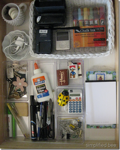 how to organize desk drawer