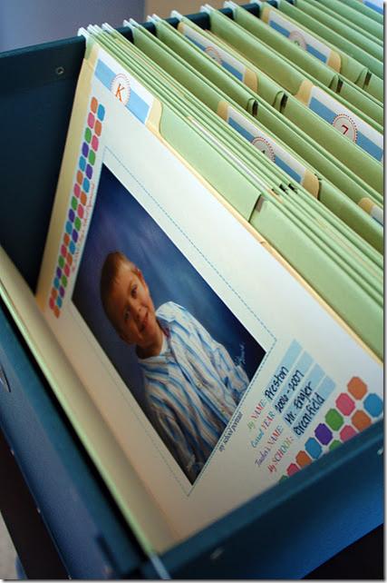 organizing kids schoolwork folders