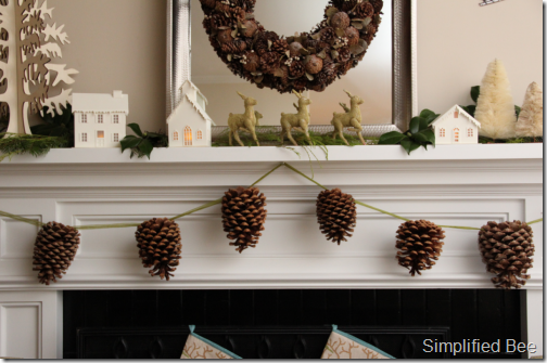 pinecone_garland_christmas_mantel