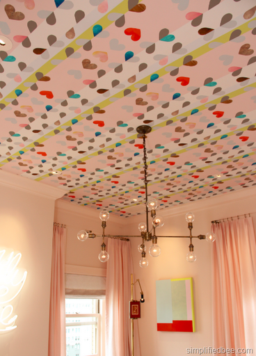 removable_wallpaper_ceiling_hearts