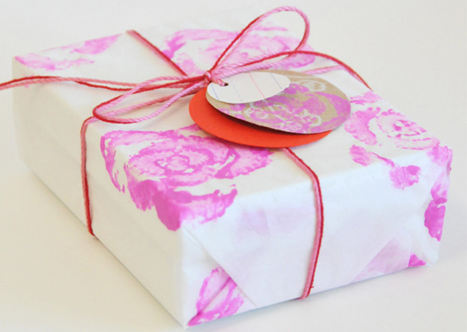 Diy Inexpensive Handmade Gift Wrap Ideas Simplified Bee