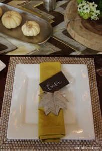 chartreuse napkin thanksgiving table