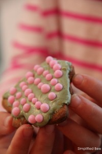Simplified Bee Pink Holiday Tree Cookie