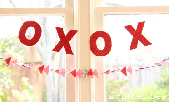 DIY XOXO Banner Valentines Day