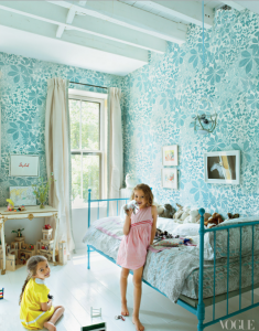 blue floral wallpaper girls bedroom