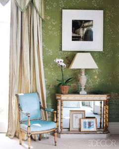 green floral de Gournay wallpaper