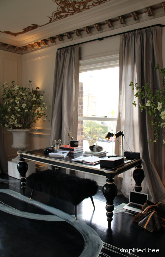 San Francisco Decorator Showcase Living Room Desk - Simplified Bee