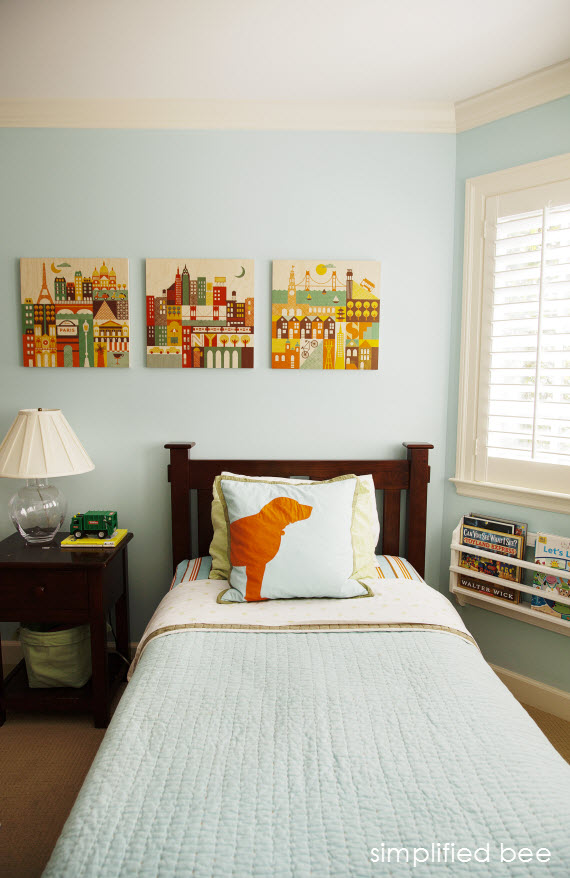 traditional boys bedroom in blue and orange // Simplified Bee