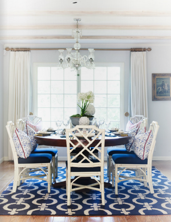 blue and white chinoiserie dining room