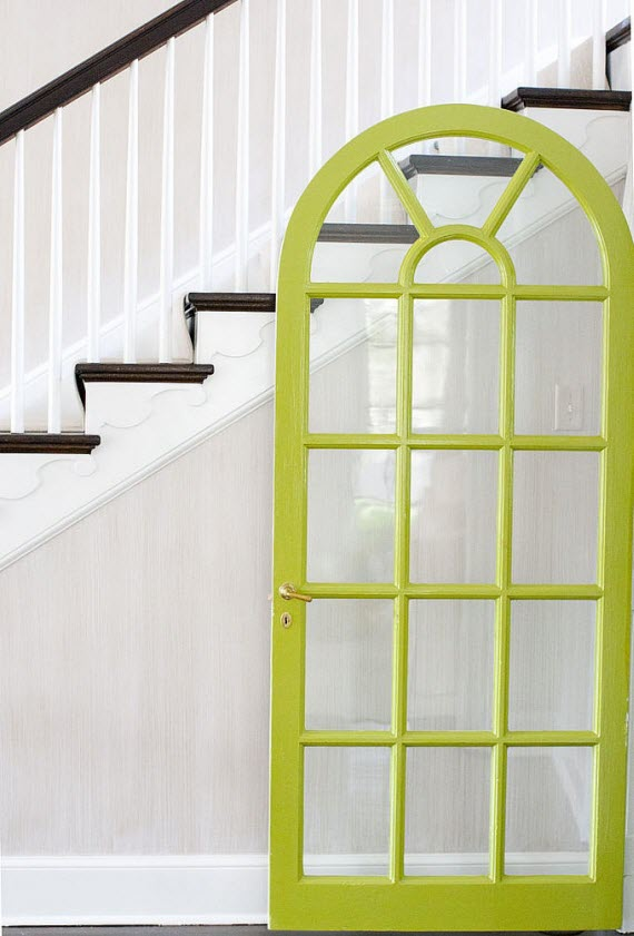 lime green door