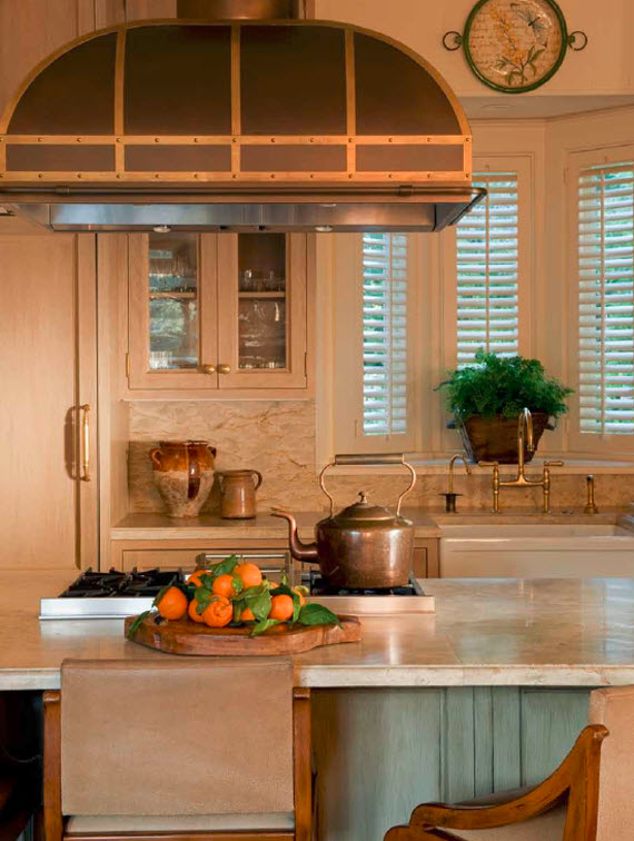 kitchen - Suzanne Tucker Interiors