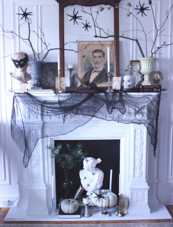 black and white Halloween decor #mantel