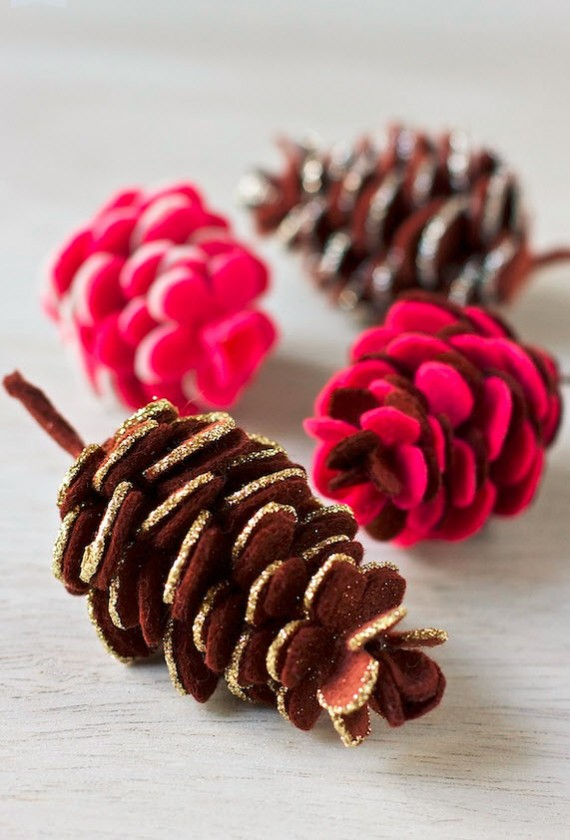 DIY felt pinecones #holiday #craft