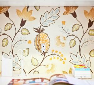 laundry room wallpaper detail