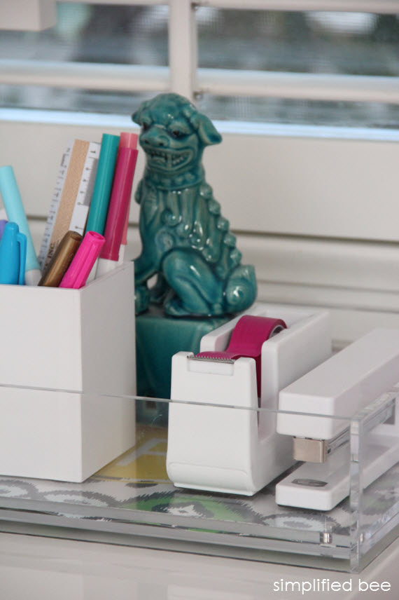 stylish and fresh desk accessories - simplified bee