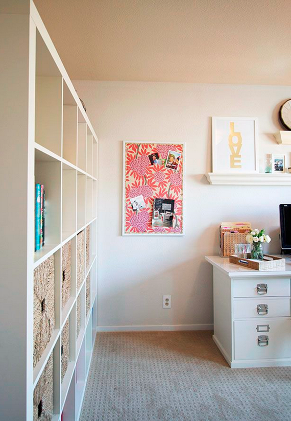 preppy home office // pinboard detail