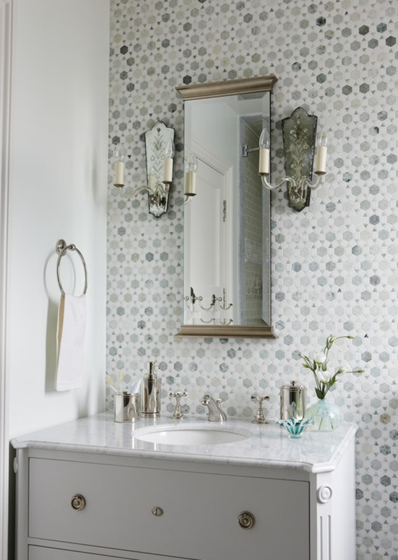 Gray and white bathroom vanity simplified bee - Idees deco salle de bain ...