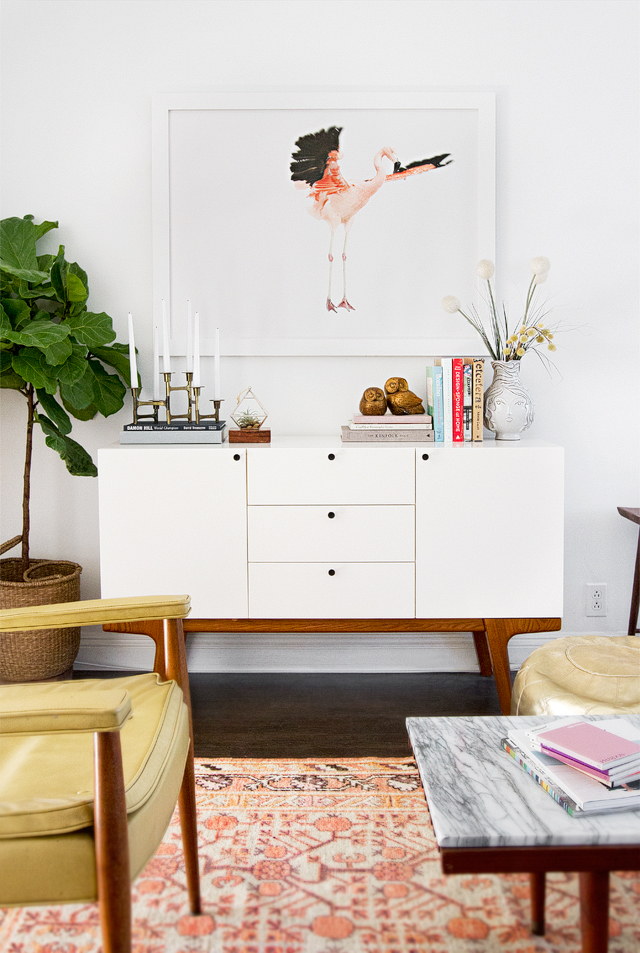 living room with flamingo artwork // smitten studio