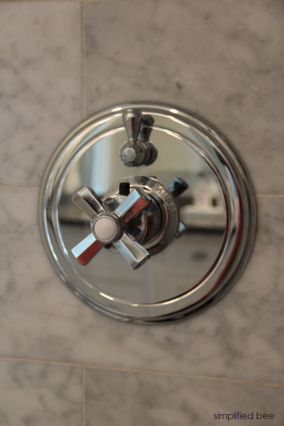shower thermostatic system by California Faucets // www.simplifiedbee.com #showers