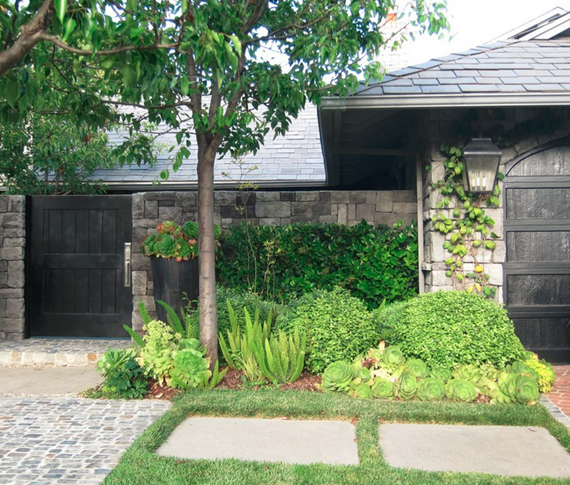 california home with stone fence #curbappeal