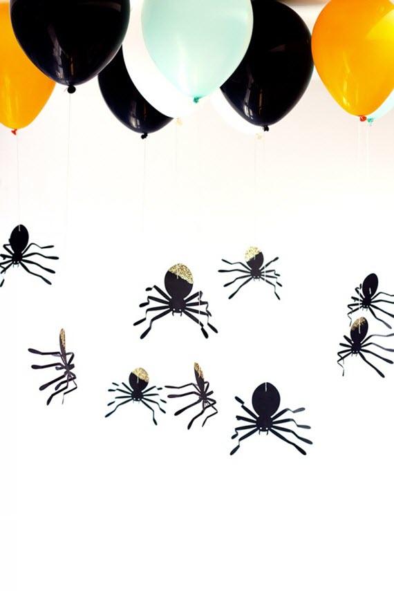 DIY hanging spiders // halloween decorating ideas