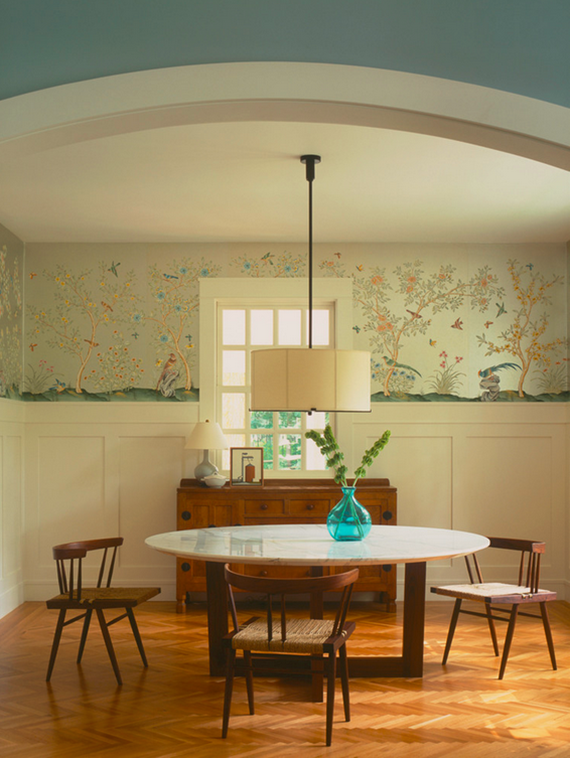 dining room // chinoiserie wallpaper de gournay // simplified bee