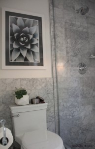 gray marble bathroom // simplified bee