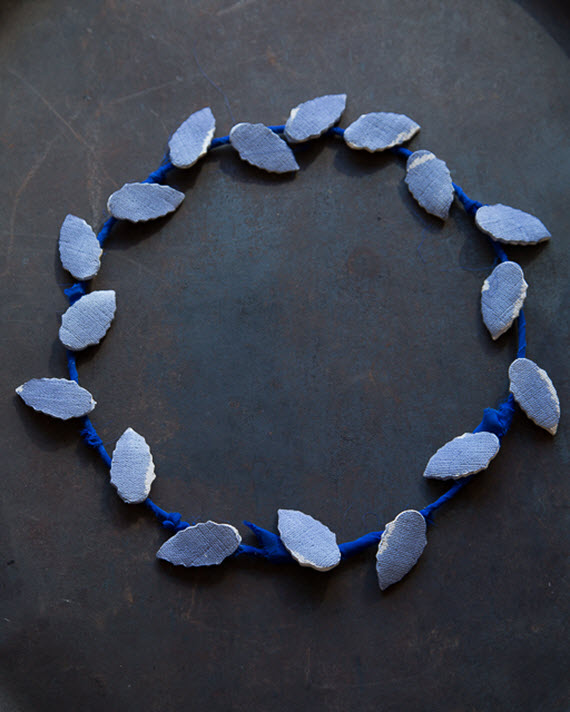 DIY indigo clay wreath #crafts