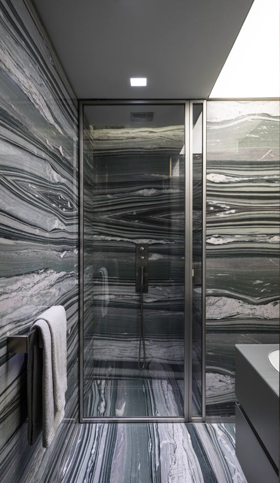 gray marble // bathroom