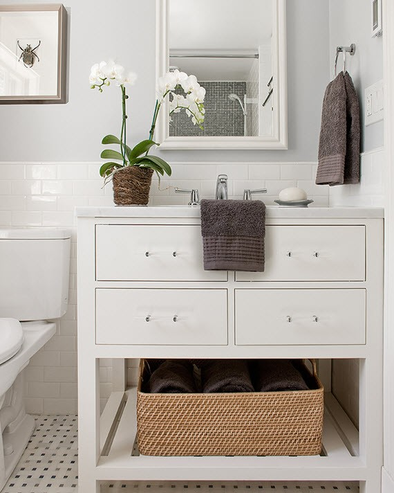 white orchids // contemporary white bathroom
