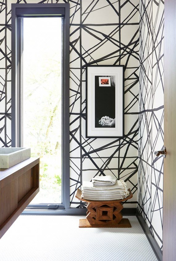 black & white chanels wallpaper // bathroom