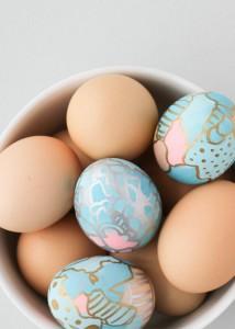 graffiti (no-dye) Easter Eggs