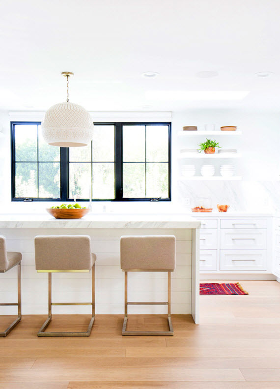 white contemporary kitchen // maggie pierson