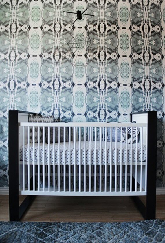 nursery room // bold wallpaper