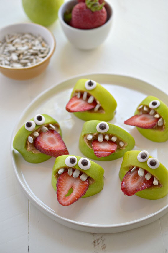 Healthy Halloween Snacks // via www.simplifiedbee.com
