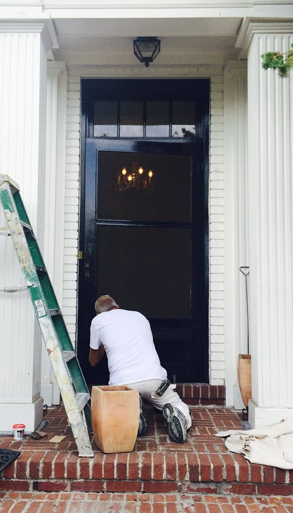 front door // farrow & ball pitch black // www.simplifiedbee.com